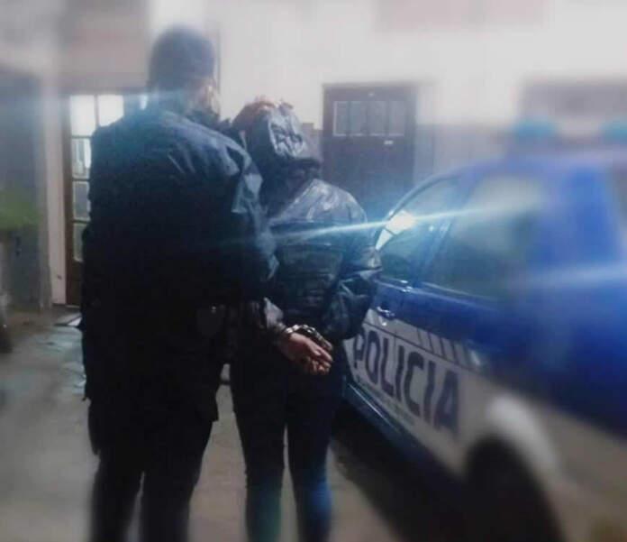 detenida general bustos - Una mujer detenida por robar una cartera