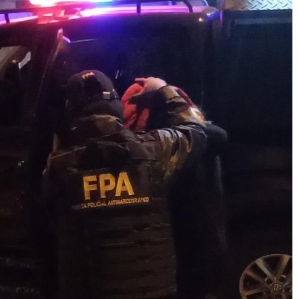fpa detenido cba - Detuvieron a una pareja por venta de drogas en Córdoba