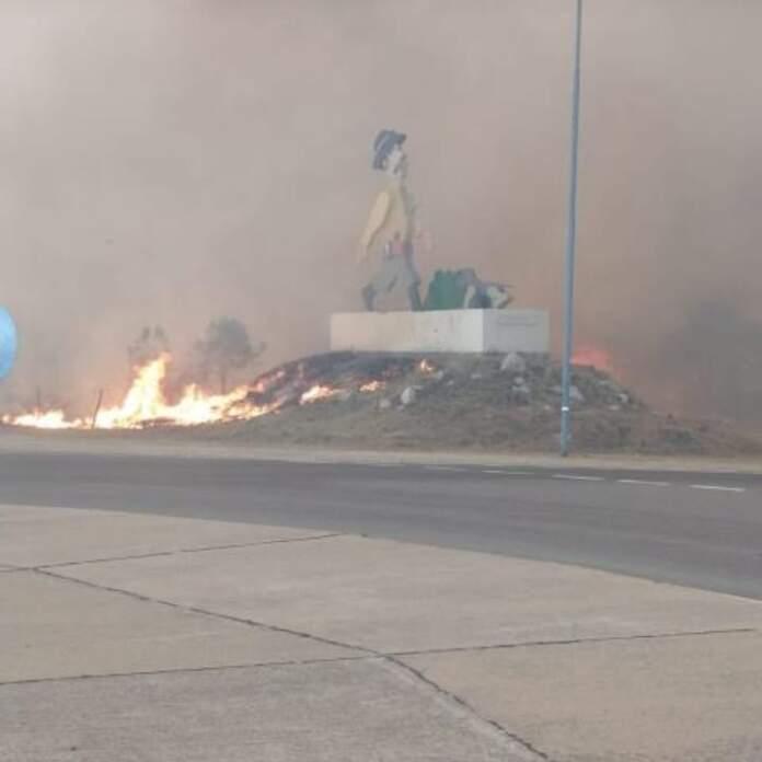 hombre urbano potrero - Continúan los focos de incendios en la región
