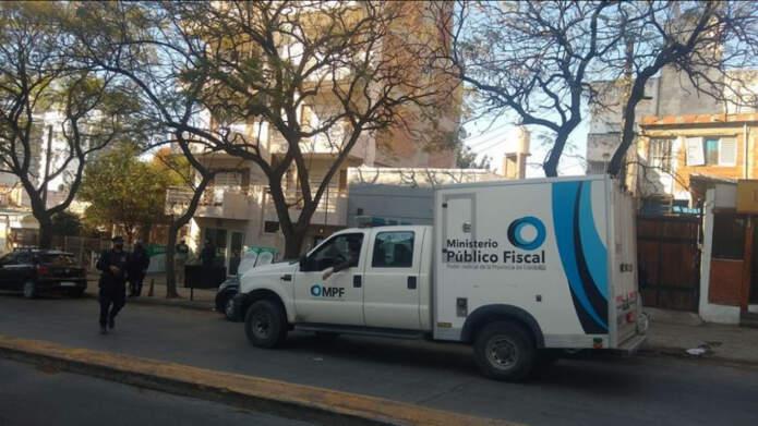 policia juidicial cba - Murió un pintor al caer de un cuarto piso en Córdoba