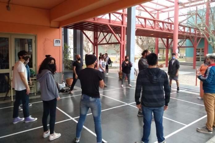 diseno upc estudiantes - Comenzó la presencialidad cuidada en facultades de la UPC