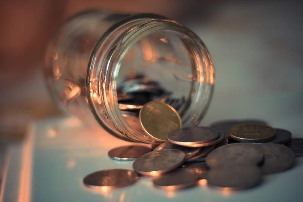 frasco ahorros - Consejos realmente útiles para cuidar las finanzas siendo inquilino