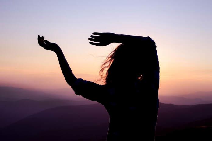 movimiento voz cancion danza - Comienza el primer Encuentro - Taller de Voz y Movimiento